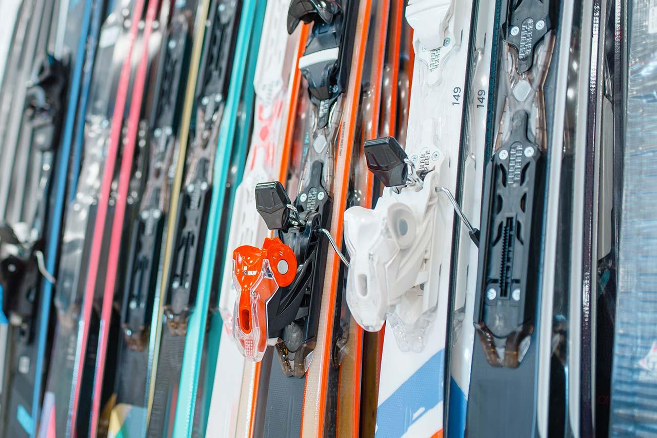 Noleggio sci e attrezzatura a Sestriere